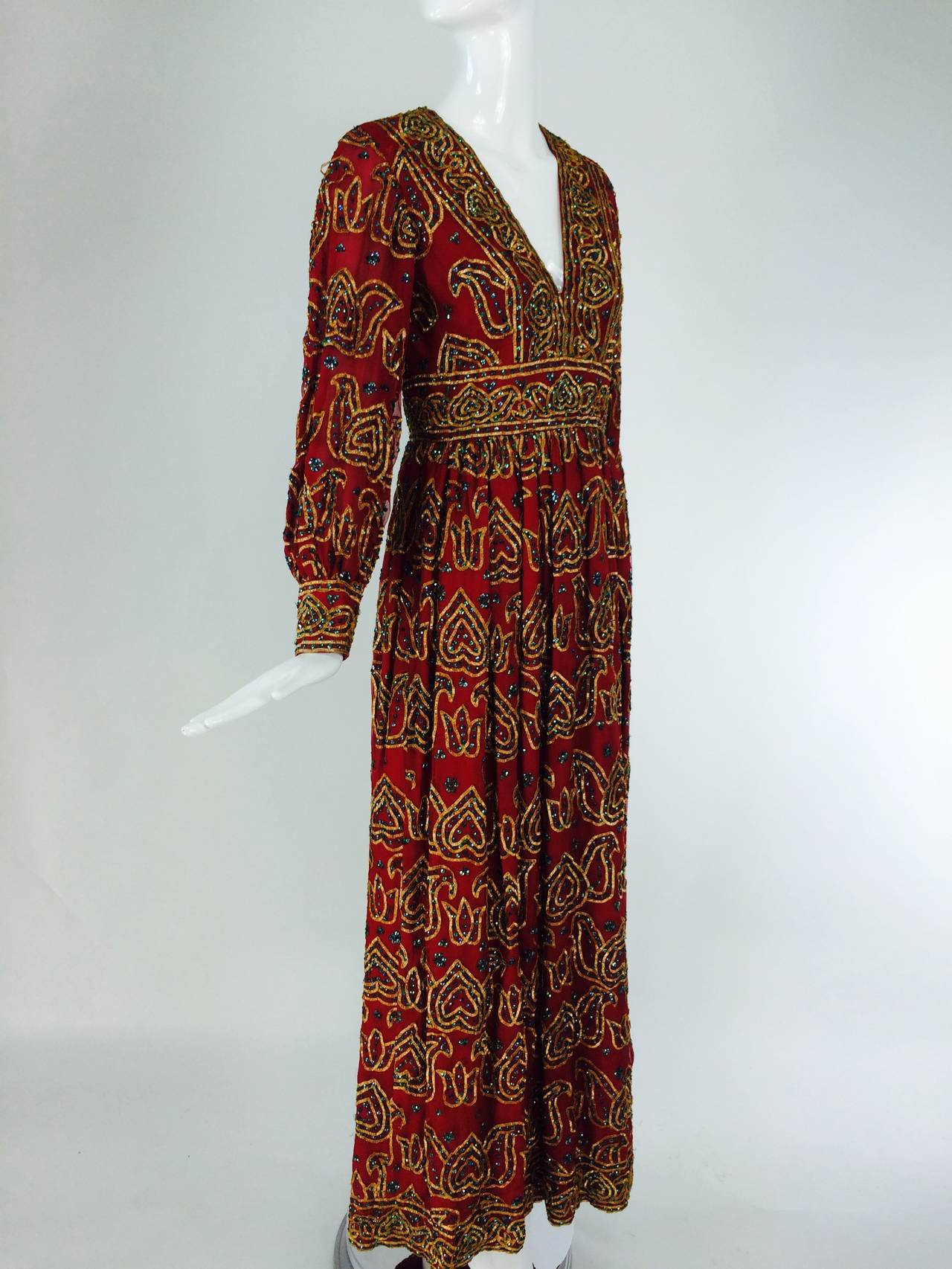 Oscar de la Renta currant red silk chiffon gown with gold braid & sequins 1970s For Sale 4