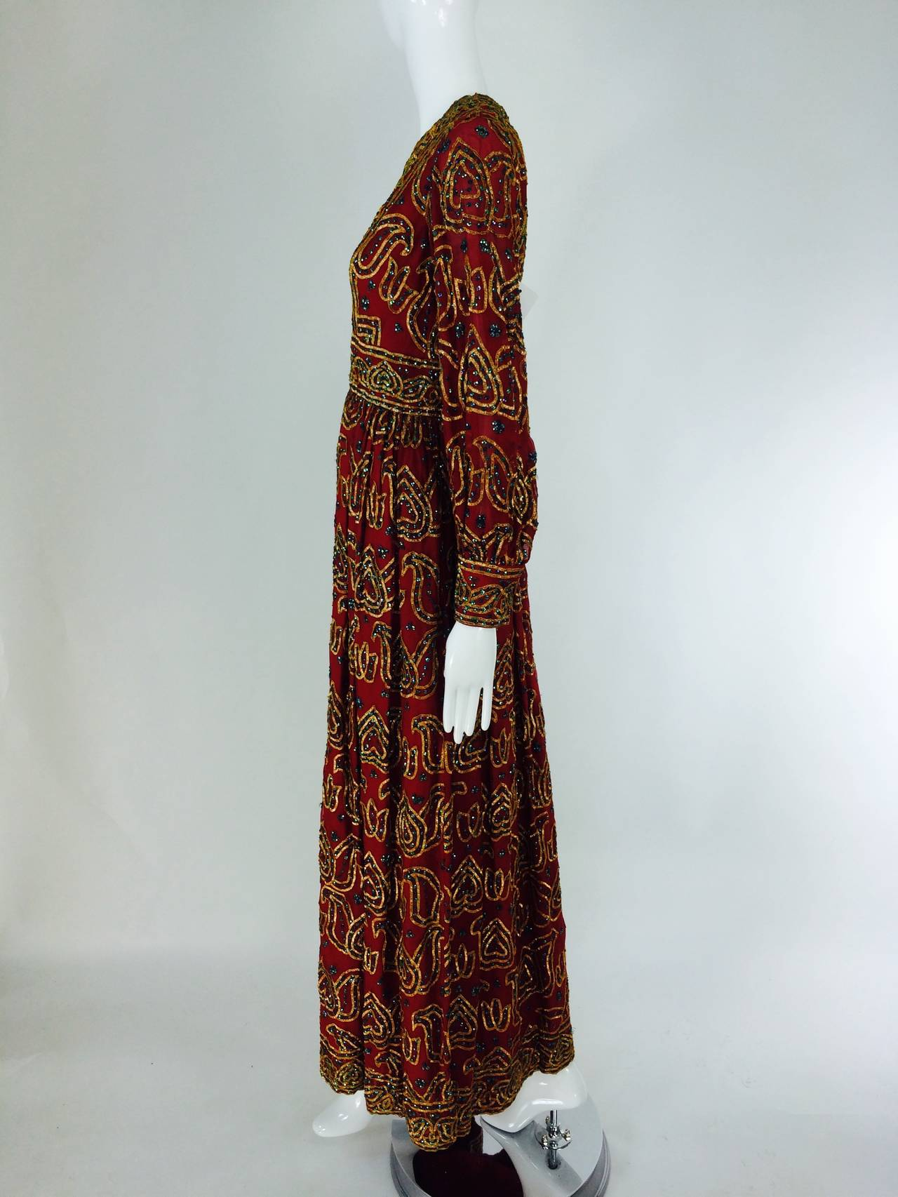 Oscar de la Renta currant red silk chiffon gown with gold braid & sequins 1970s In Excellent Condition For Sale In West Palm Beach, FL