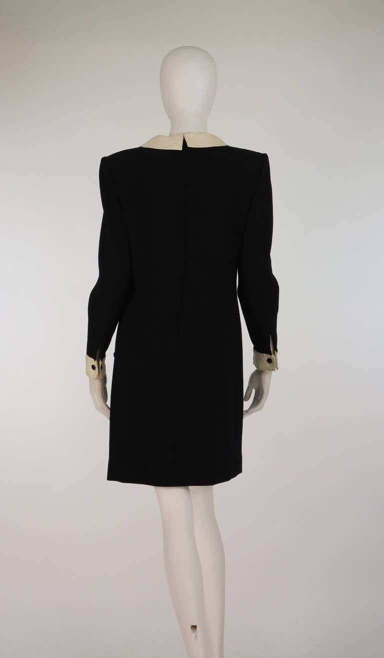 1980s Valentino black wool crepe collar & cuff dress For Sale 2