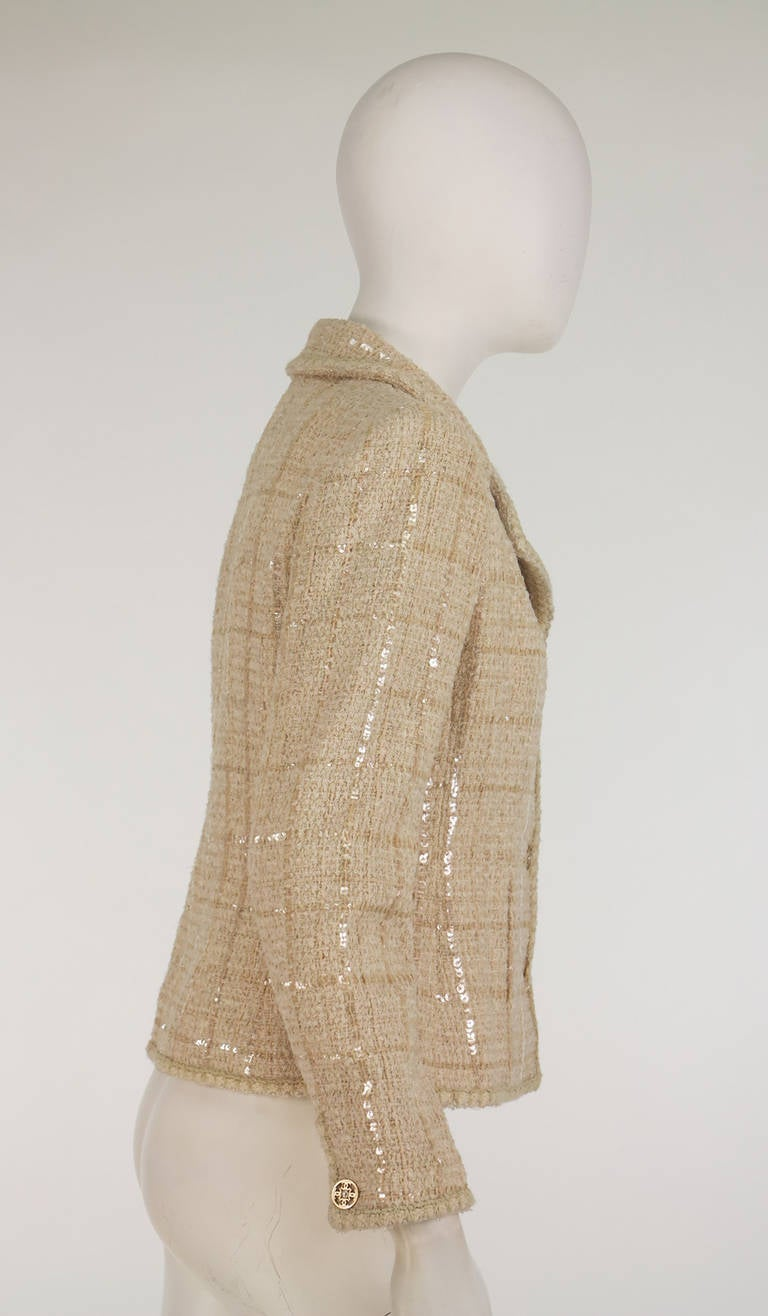 2001 Chanel cream tweed & sequin jacket For Sale 3