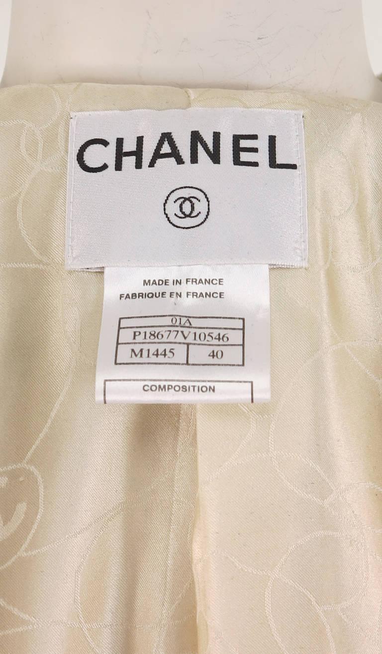 2001 Chanel cream tweed & sequin jacket 10