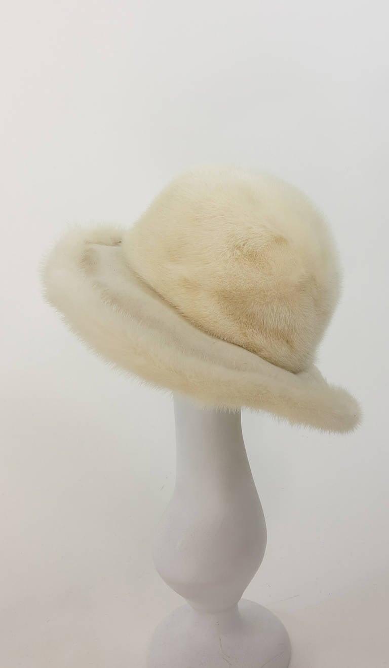 1970s Fabiani white mink fur wide brim hat 5