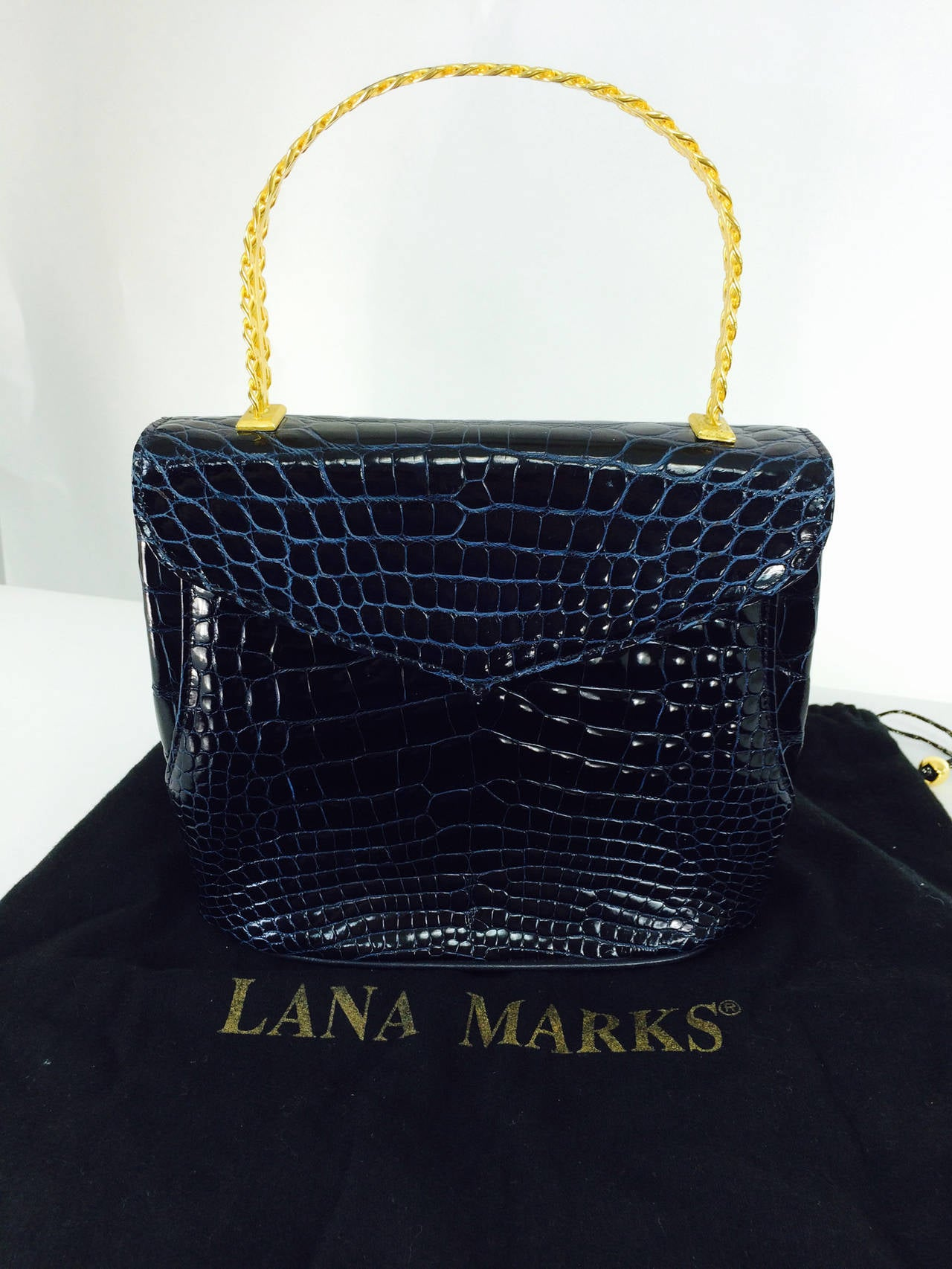 Lana Marks Lana of London navy blue glazed alligator handbag 1980s For Sale 5