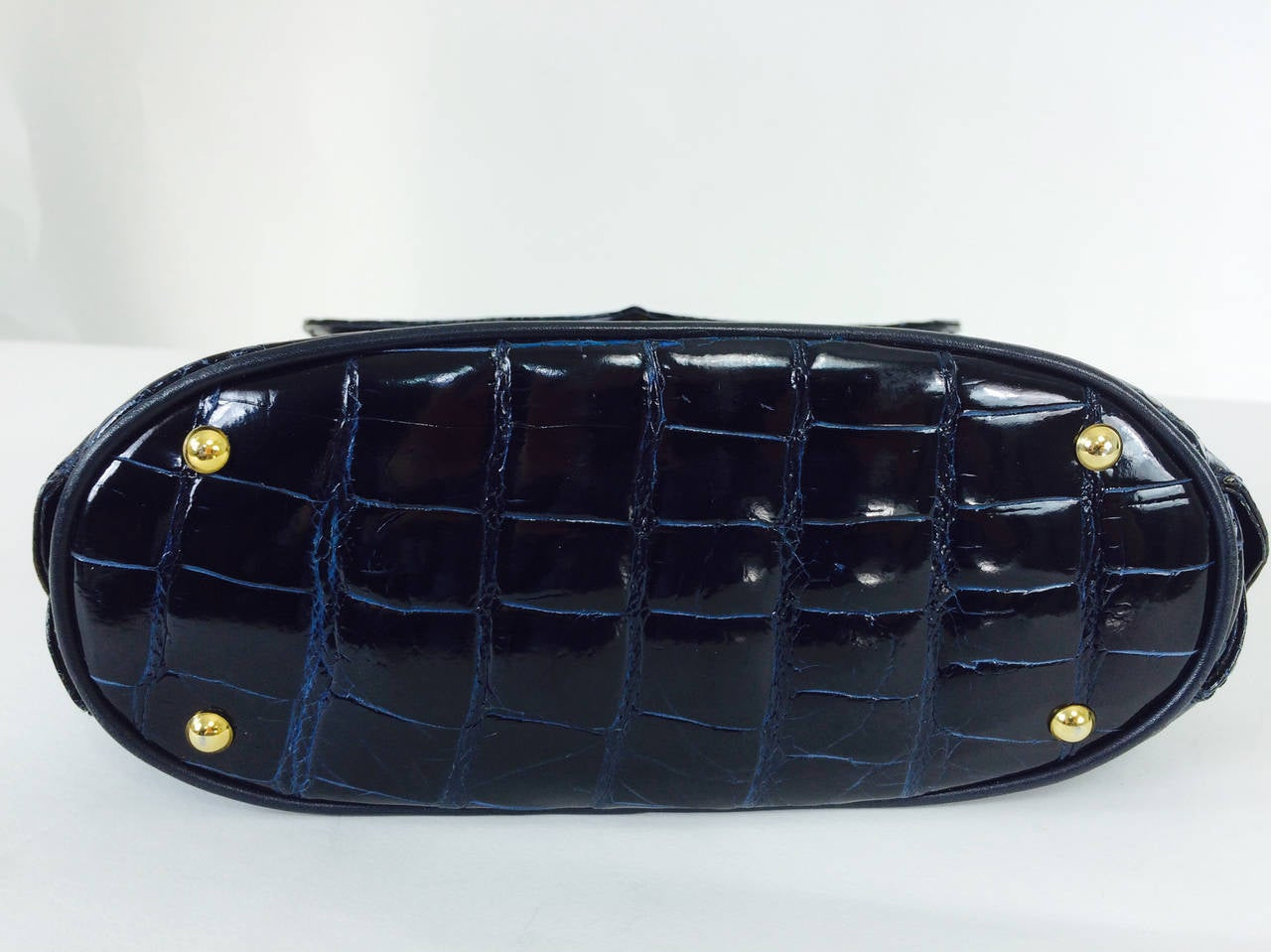 Lana Marks Lana of London navy blue glazed alligator handbag 1980s For Sale 3