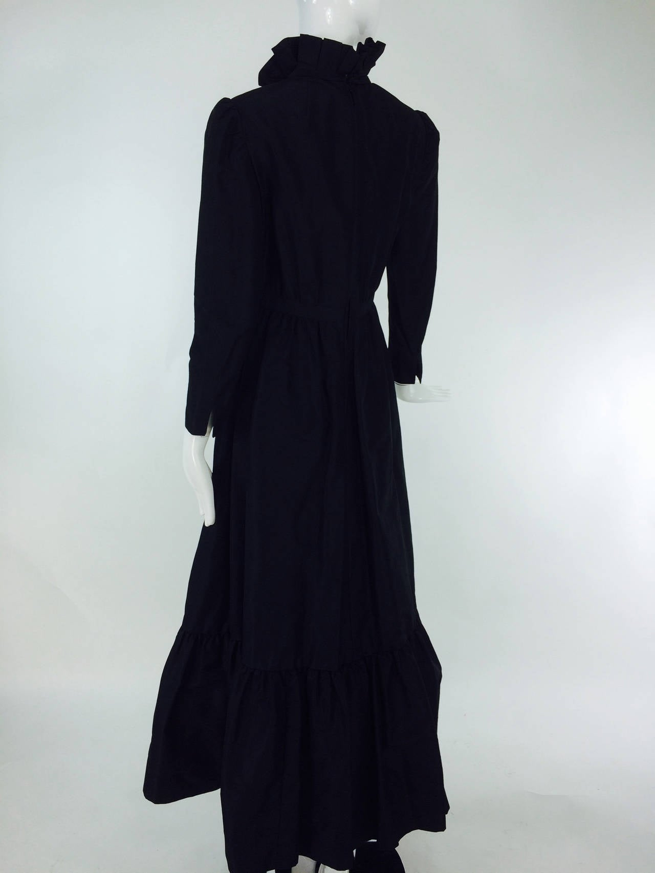 Shannon Rodgers for Jerry Silverman black Victorian style gown 1960s In Excellent Condition For Sale In West Palm Beach, FL