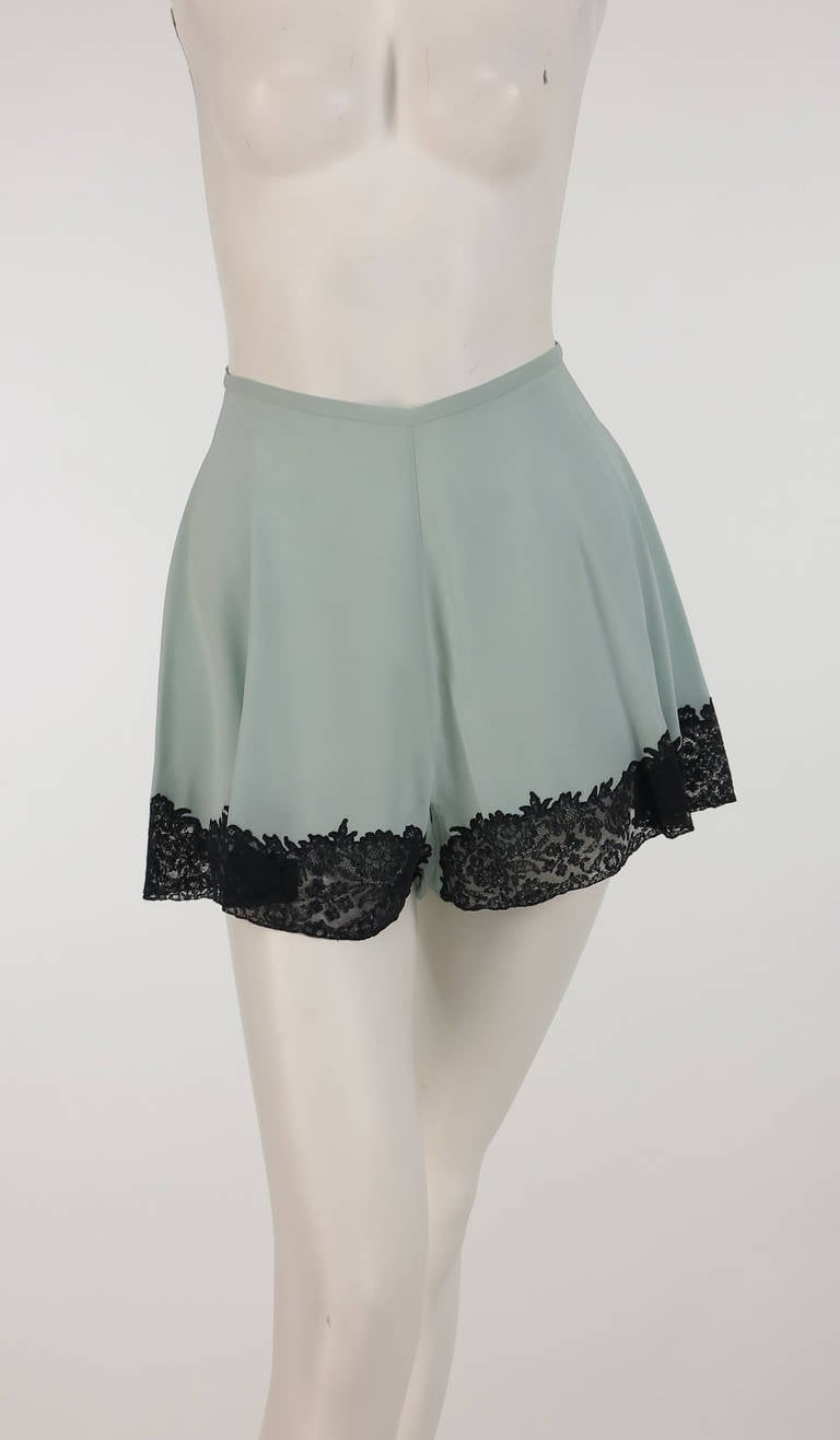 1930s Handmade Blue Silk crepe & black lace teddy & tap panties 10