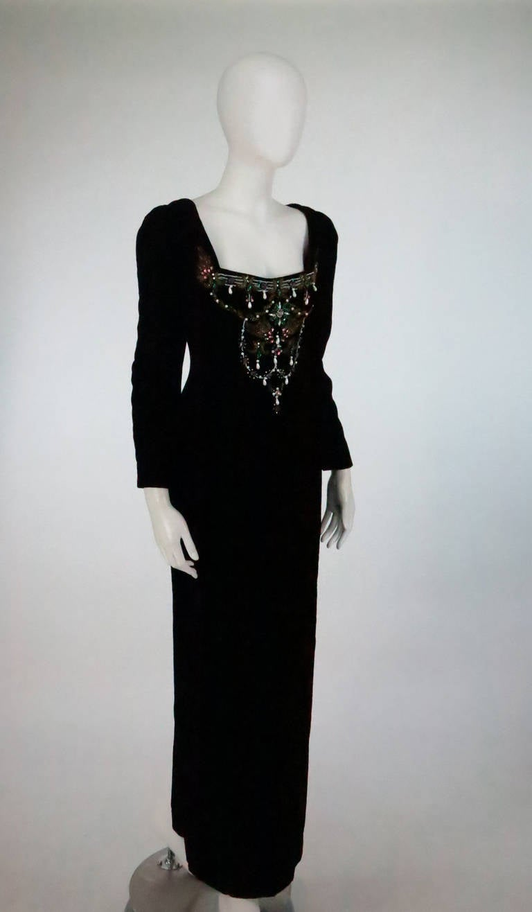 1990s Oscar de la Renta bejeweled black velvet evening gown 3