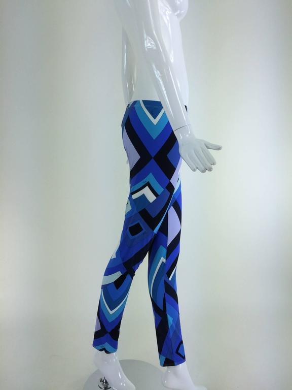 Pucci geometric leggings in shades of blue 4