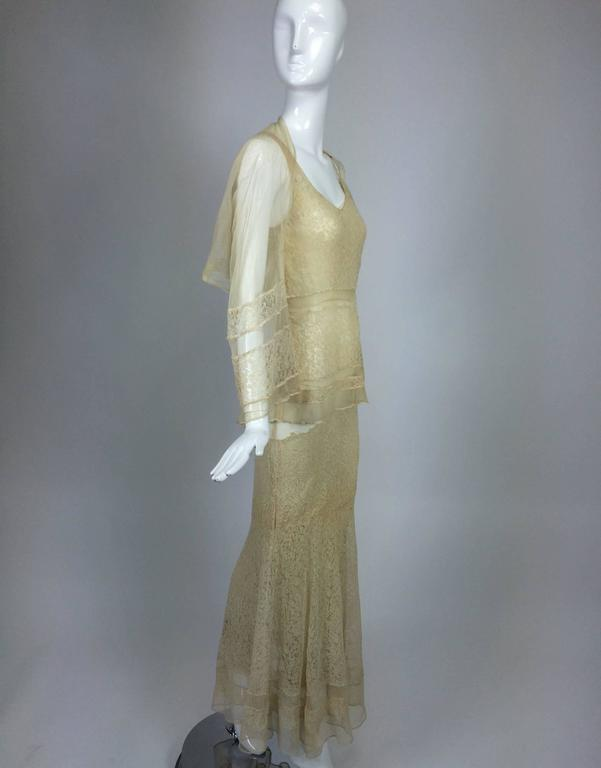 1930s champagne lace & silk bias cut tiered wedding dress & shrug  In Excellent Condition In West Palm Beach, FL