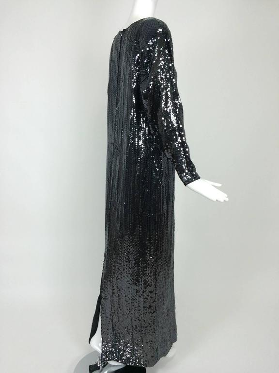 Halston glittery black sequin bat wing evening gown  In Excellent Condition For Sale In West Palm Beach, FL