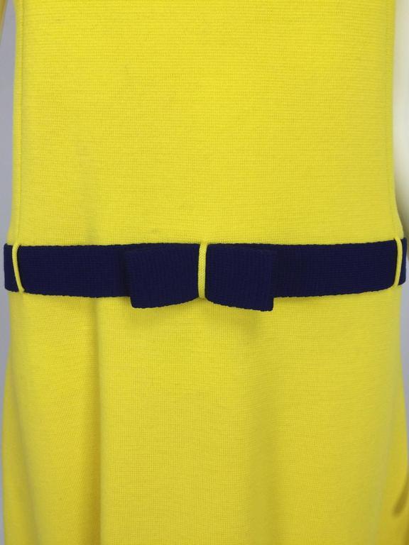 Early 1970s Bill Blass colour block mod knit dress For Sale 4
