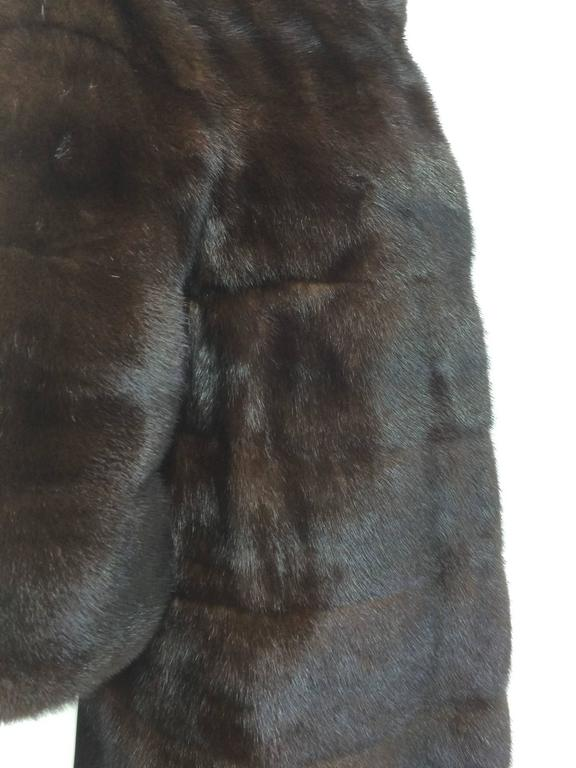 Glossy dark mink portrait collar fur coat early 1960s In Excellent Condition For Sale In West Palm Beach, FL