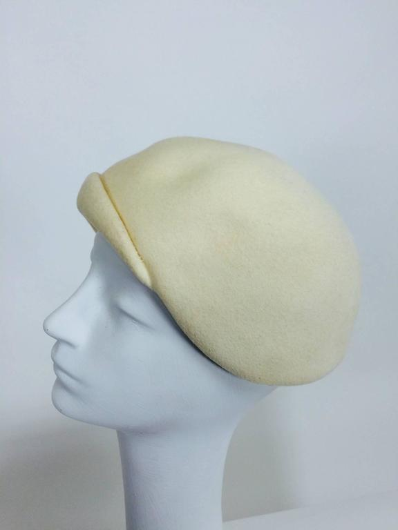 1960s Halston cream felt cocktail hat with rhinestone trim In Excellent Condition For Sale In West Palm Beach, FL
