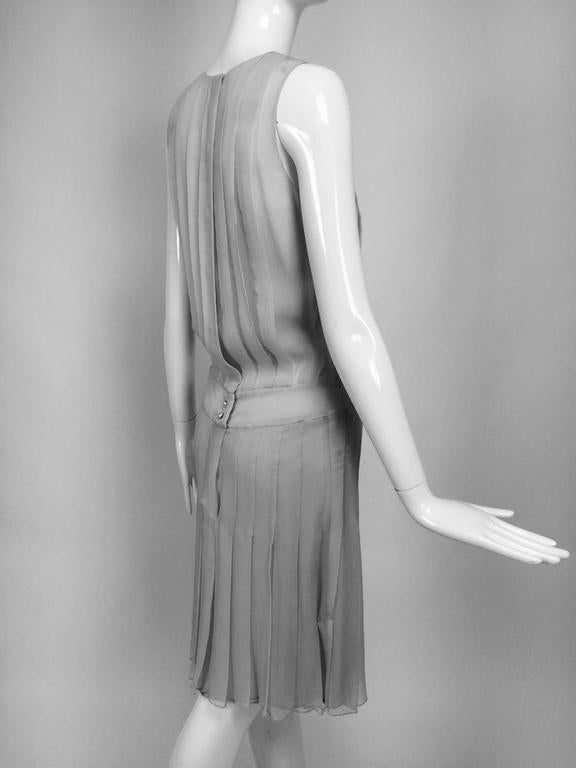 Chanel dove grey silk chiffon pleated afternoon dress 2006 For Sale 3