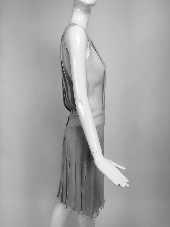 Chanel dove grey silk chiffon pleated afternoon dress 2006 For Sale 4