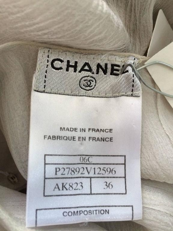 Chanel dove grey silk chiffon pleated afternoon dress 2006 For Sale 5