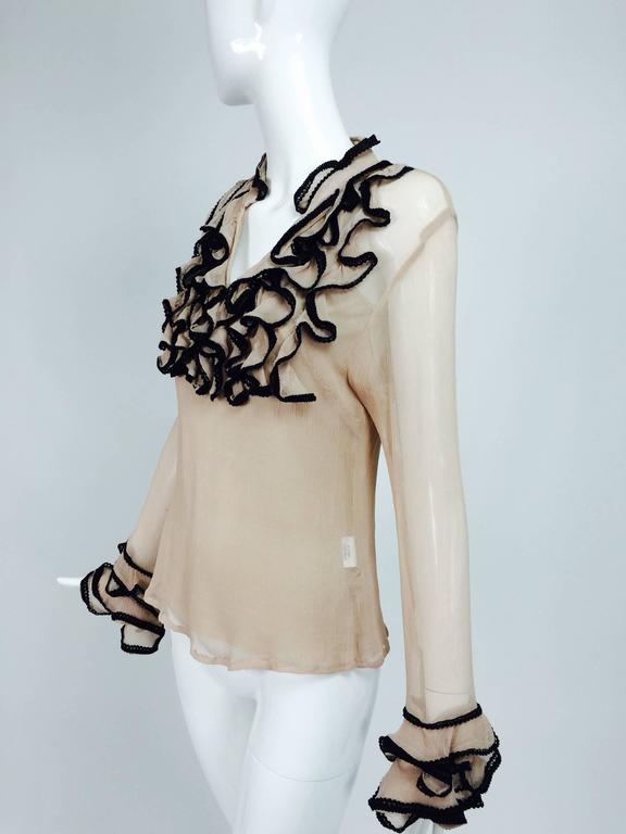 Lloyd Klein nude silk gauze ruffle front blouse & matching camisole In Excellent Condition For Sale In West Palm Beach, FL
