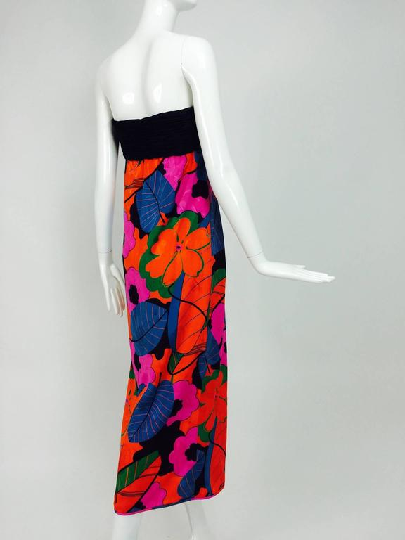 Women's Emanuel Ungaro Parallele hot tropical print strapless maxi dress 1970s For Sale