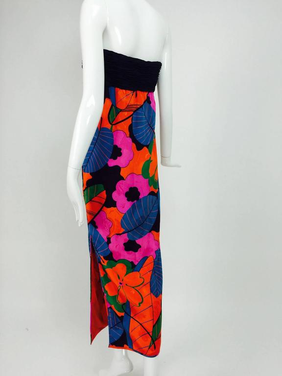 Emanuel Ungaro Parallele hot tropical print strapless maxi dress 1970s For Sale 2