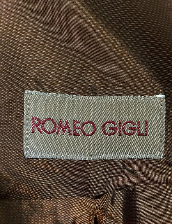 Romeo Gigli jewel button cocoa moire single breasted jacket vintage For Sale 2