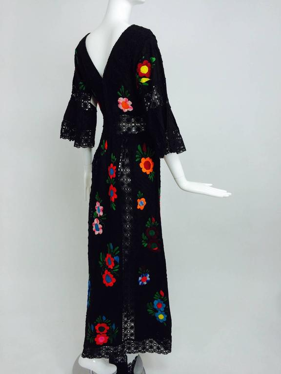 Vintage colourfully embroidered black cotton & lace Mexican maxi dress 1970s In Excellent Condition For Sale In West Palm Beach, FL