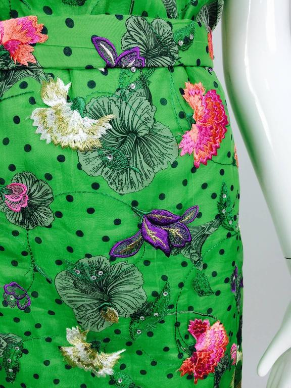 Vintage one off Custom Grass green embroidered silk organdy sheath dress 14 In Excellent Condition For Sale In West Palm Beach, FL