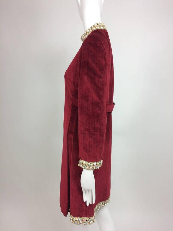 Garnet red silky cotton velvet jewel trim Mod dress 1960s In Excellent Condition For Sale In West Palm Beach, FL