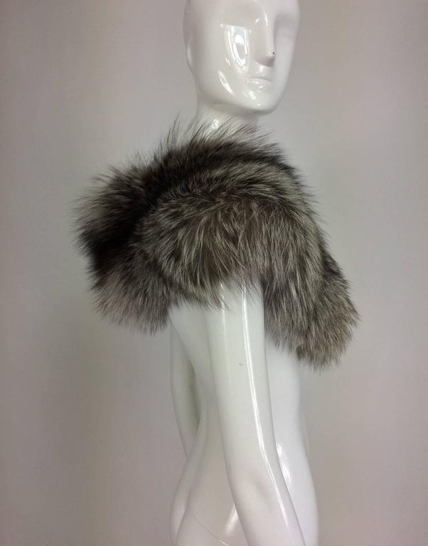 Silver fox fur draped shoulder wrap 1960s  OS 4