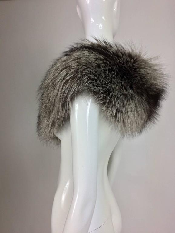 Silver fox fur draped shoulder wrap 1960s  OS 6