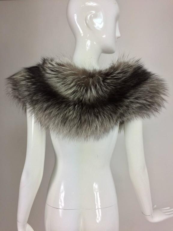 Silver fox fur draped shoulder wrap 1960s  OS 7
