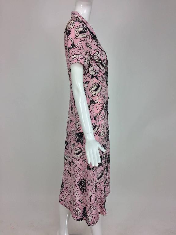 Chanel Claudia Schiffer runway worn rare Coco print dress pink silk 1993 In Excellent Condition For Sale In West Palm Beach, FL