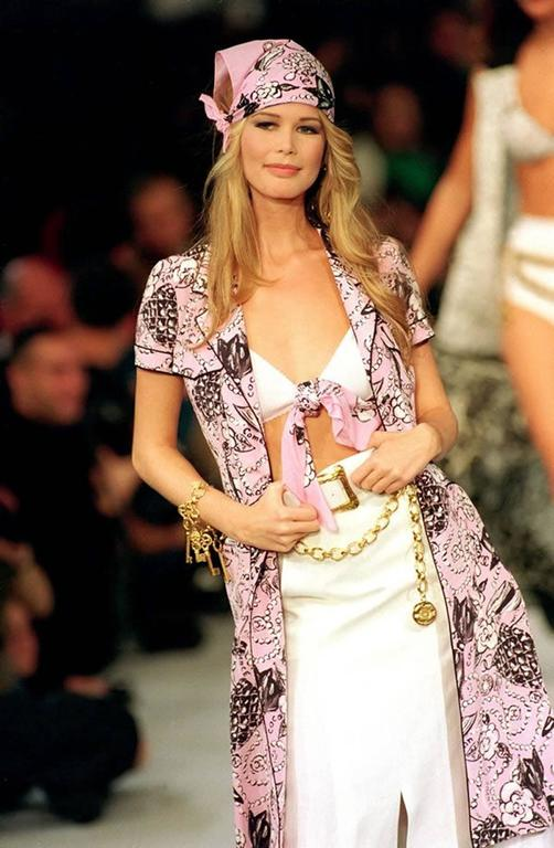 Chanel Claudia Schiffer runway worn rare Coco print dress pink silk 1993 For Sale 4