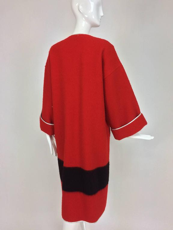 Women's Geoffrey Beene red and black wool blanket coat silver lame trim 1970s For Sale