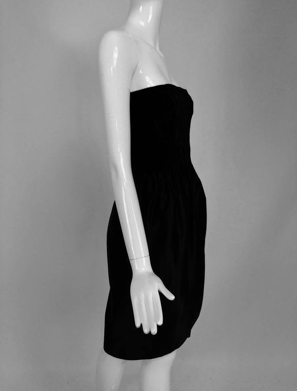 Lanvin numbered Haute couture black silk and velvet strapless cocktail dress  For Sale 3