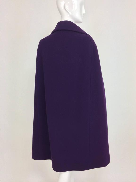 Vintage Pauline Trigere purple wool cape 1970s For Sale 2