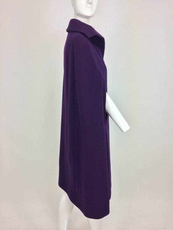 Vintage Pauline Trigere purple wool cape 1970s For Sale 3