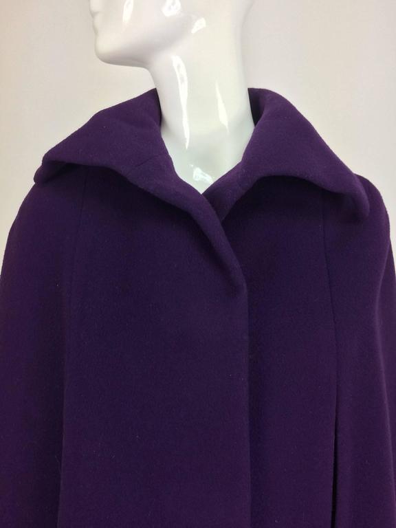 Vintage Pauline Trigere purple wool cape 1970s For Sale 4