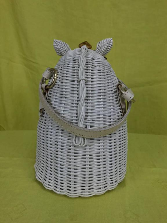 Vintage Marcus Brothers white wicker horse head with eyelashes handbag 1960s 5