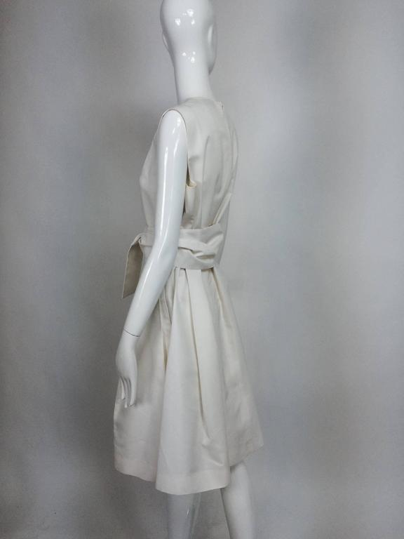 Yves Saint Laurent sleeveless creamy white cotton and silk wrap waist dress Lg. In Excellent Condition For Sale In West Palm Beach, FL
