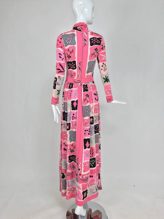 Women's Vintage Bessi silk jersey floral print Maxi dress 1970s For Sale