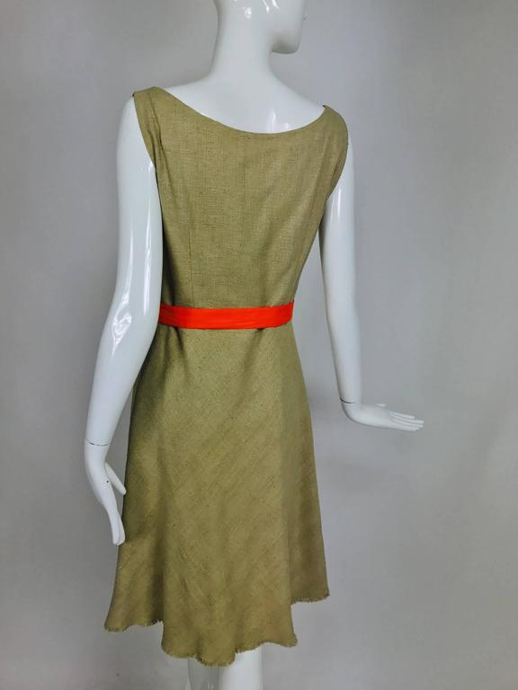 Moschino natural silk linen shift dress with floral appliques and ribbon belt  In Excellent Condition For Sale In West Palm Beach, FL