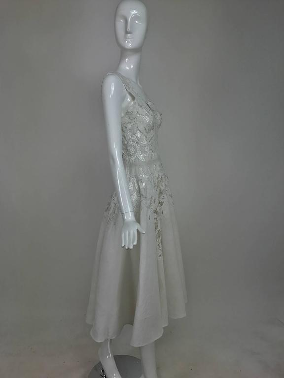 Vintage Madeira cut work white linen dress with circle skirt 1950s In Excellent Condition For Sale In West Palm Beach, FL