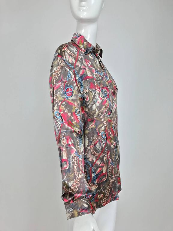 Gray Vintage Gucci silk satin print blouse 1990s For Sale