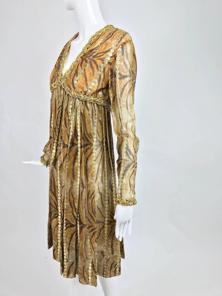 Vintage Bill Blass golden silk chiffon metallic tiger stripe cocktail dress 1970 In Excellent Condition For Sale In West Palm Beach, FL