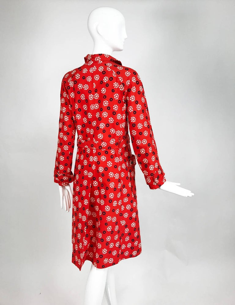 Vintage Emanuel Ungaro printed cotton canvas trench coat 1960s For Sale 1