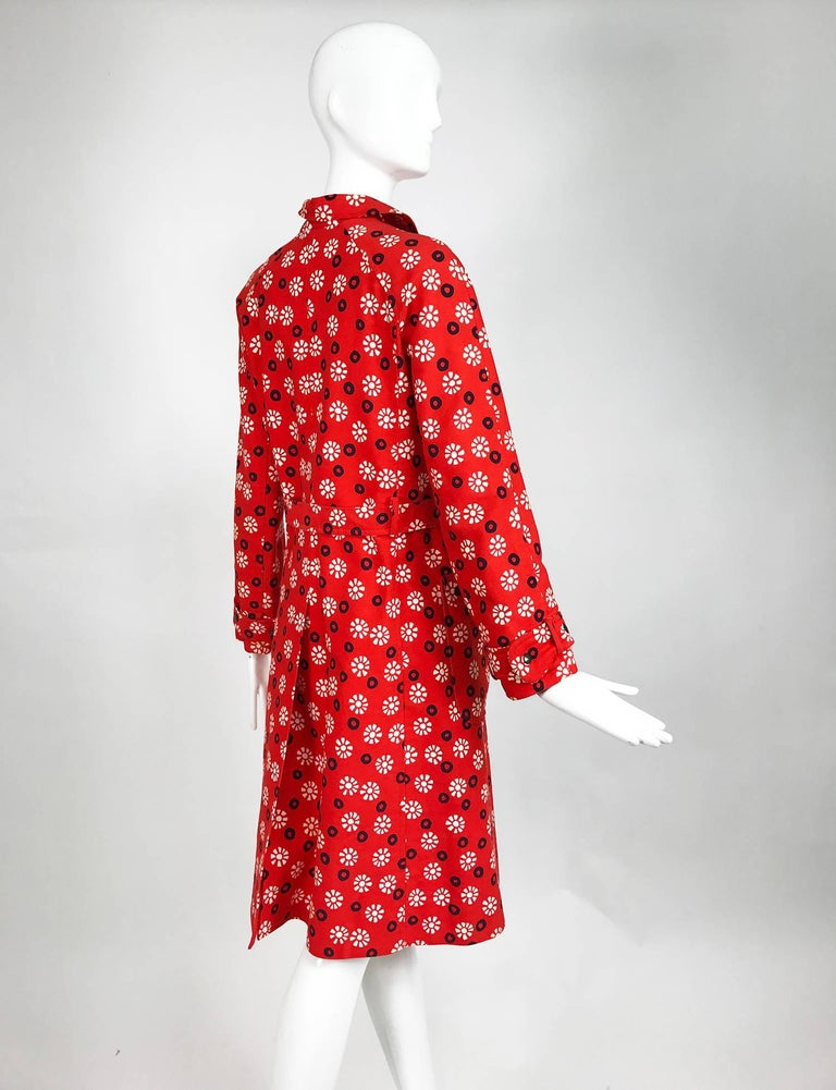 Vintage Emanuel Ungaro printed cotton canvas trench coat 1960s For Sale 2