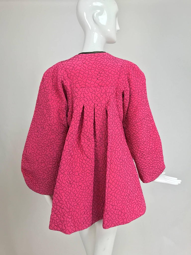 Zandra Rhodes 1980s hot pink squiggle quilted swing jacket  For Sale 1