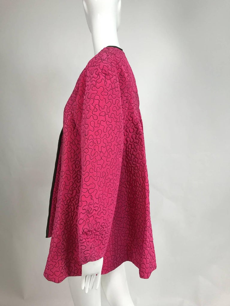 Zandra Rhodes 1980s hot pink squiggle quilted swing jacket  For Sale 3