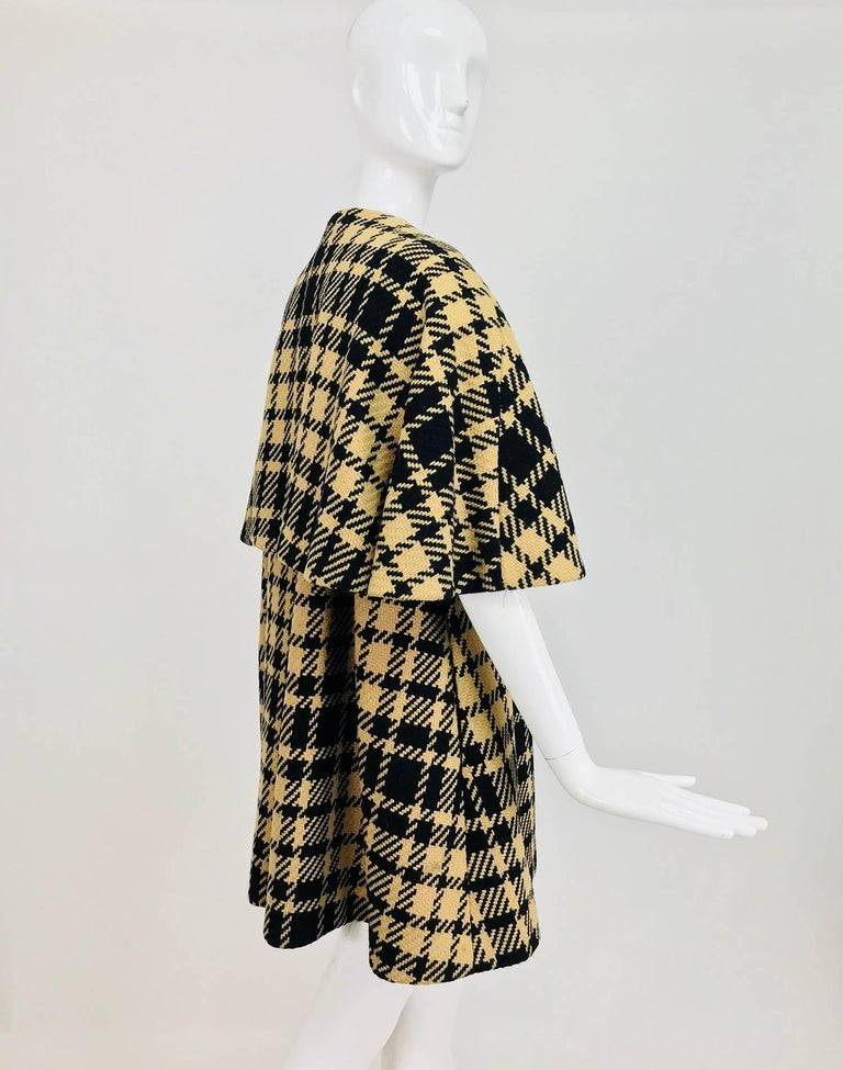 Rudi Gernreich vintage 1960s mod black and tan wool plaid mini cape tent coat In Excellent Condition For Sale In West Palm Beach, FL