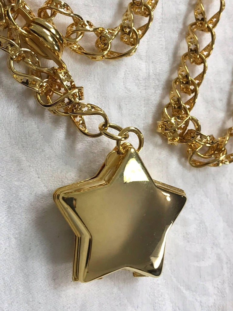 Judith Leiber stars chain belt or necklace gold stars chain and locket rare 2